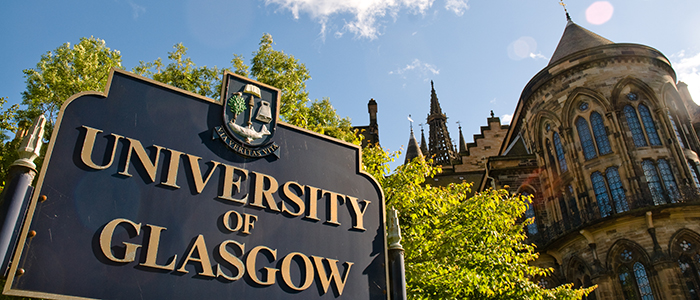 exterior of Bute Hall with University of Glasgow sign