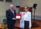 Prof Bissell receives award from Dr Guzik