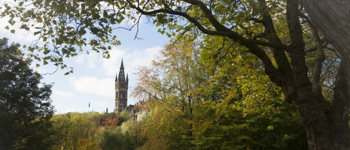 The University tower surrounded by the trees of Kelvingrove Park