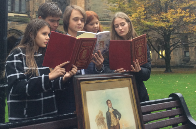 Russian students from St Petersburgh visited the University of Glasgow to take part in lectures about Robert Burns