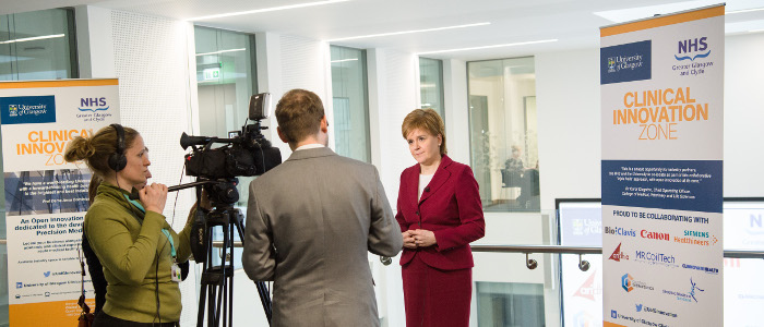 Image of visit to the Imaging Centre of Excellence (ICE) by the First Minister