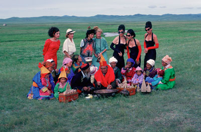 Ulrike Ottinger, Begegnung im Grasland, 1988. Colour photograph. Context: Johanna d'Arc of Mongolia, Altan Gol, Mongolia. Courtesy of the artist/ Ulrike Ottinger Filmproduktion.