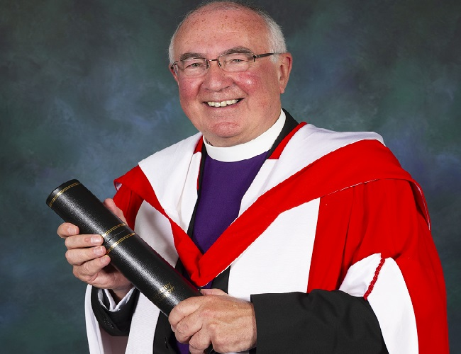 Honorary Degree official photos of Rev Dr Angus Morrison