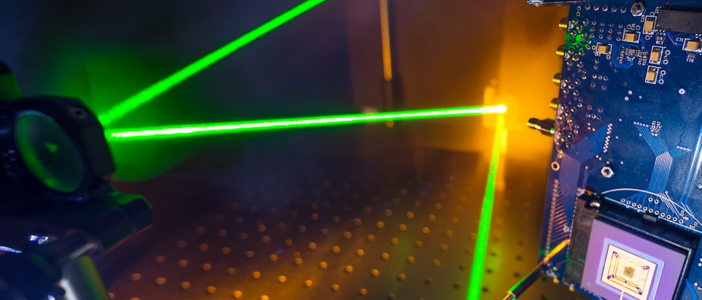 Imaging experiment with laser and single pixel camera