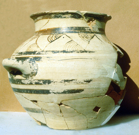 Italo-Mycenaean two-handled jar from Broglio di Trebisacce (Calabria)